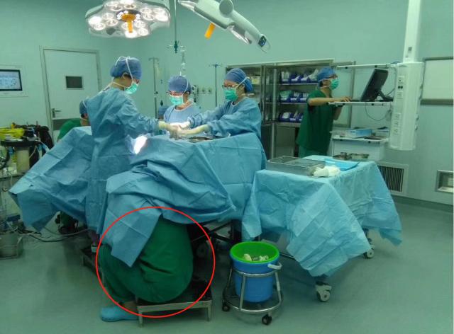 苏州助产士蹲地托举30分钟,只为小生命平安出生